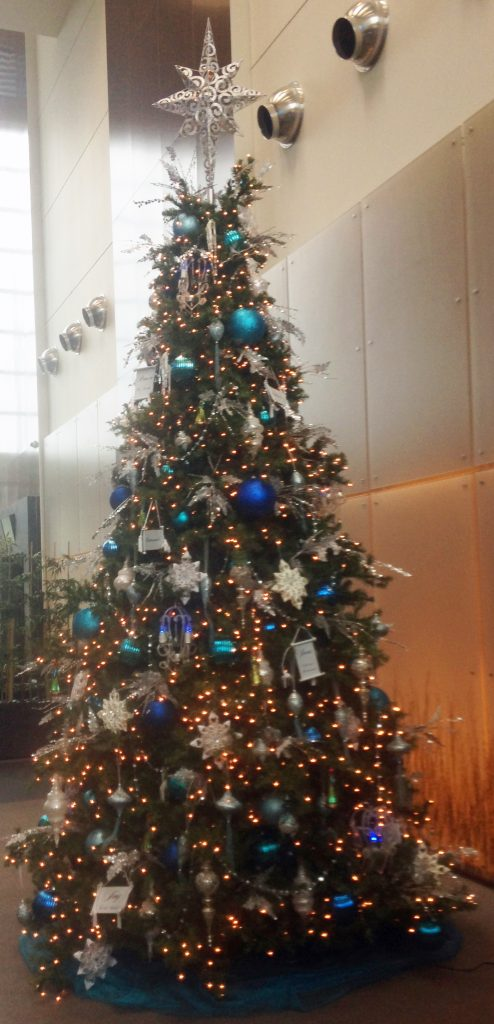 14 Ft Christmas Tree Part - 43: 14 Ft ...